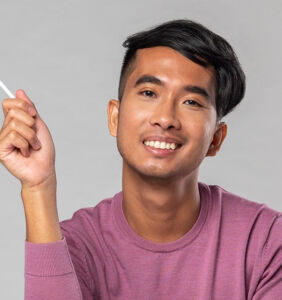 Meet Maki Bonificio, the Filipino, gay comic 'Trying Hard' to find love in Nashville