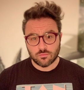 Actor and singer Eliot Glazer witnessed a pop culture debacle he's still a bit haunted by
