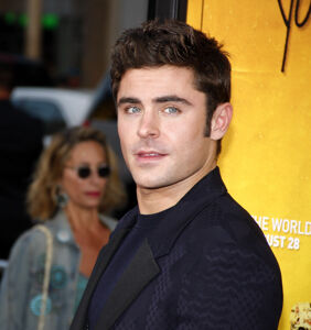 The internet is very concerned with a photo of Zac Efron's face