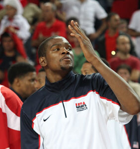 NBA's Kevin Durant issues apology over homophobic message fiasco…but doesn't apologize to gays