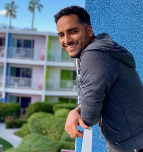 This handsome single dad shows TikTok that fatherhood can be a gay old time