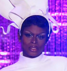 Like a true queen, Symone delivered one of the most powerful moments in 'Drag Race' herstory