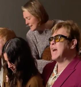 WATCH: Elton John & Brandi Carlile went to Courtney Cox's house; magic ensued