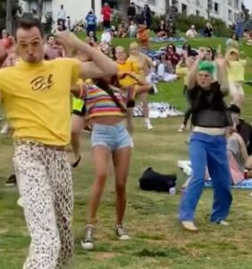 WATCH: This life-affirming dance video is the wholesome content you need today