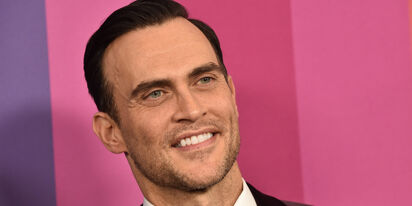 PHOTOS: Cheyenne Jackson's hotel room workout is making the internet sweat