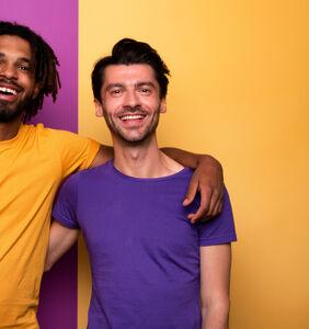 Redditors offer tips for befriending other gays