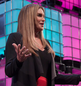 Caitlyn Jenner taking time away from busy campaign to focus on true calling–reality TV