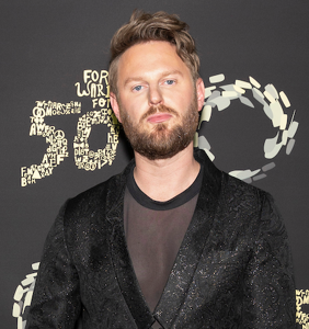 """Queer Eye's Bobby Berk posts his first thirst trap to show 40 is """"fabulous"""""""