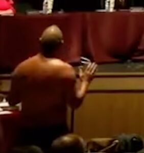 Dad strips to underwear at school board meeting to make a point about anti-maskers