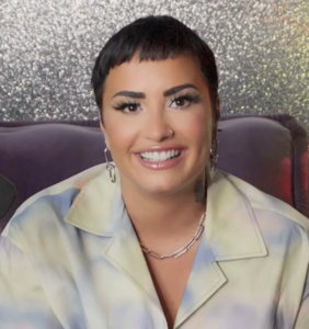 """Demi Lovato says we must stop calling extraterrestrials """"aliens"""" because it's offensive to UFOs"""