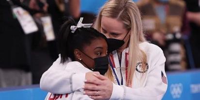 Simone Biles comes back to claim a medal