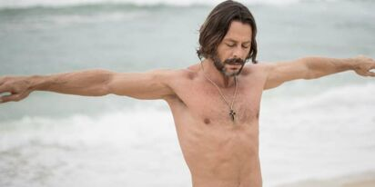Brazilian actor Théo Becker opens up about being bi-curious